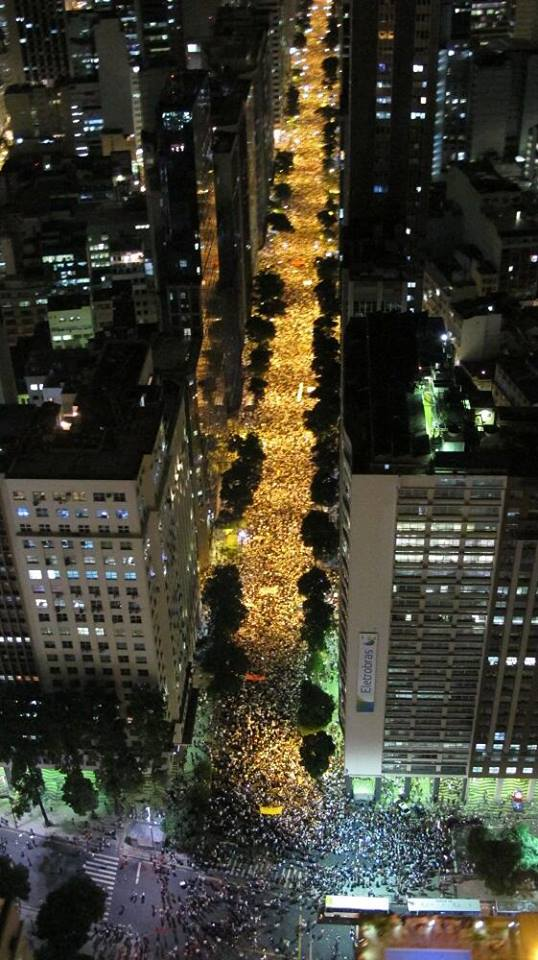 Massive protests in Rio, June 2013. Image on troutish.net